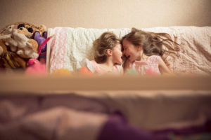 lifestyle-family-photography-beaumaris-bayside-melbourne-sisters-candid