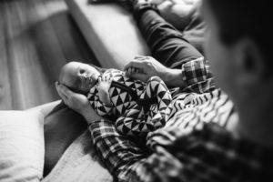 baby-photography-bayside-melbourne-beaumaris-newborn-dad