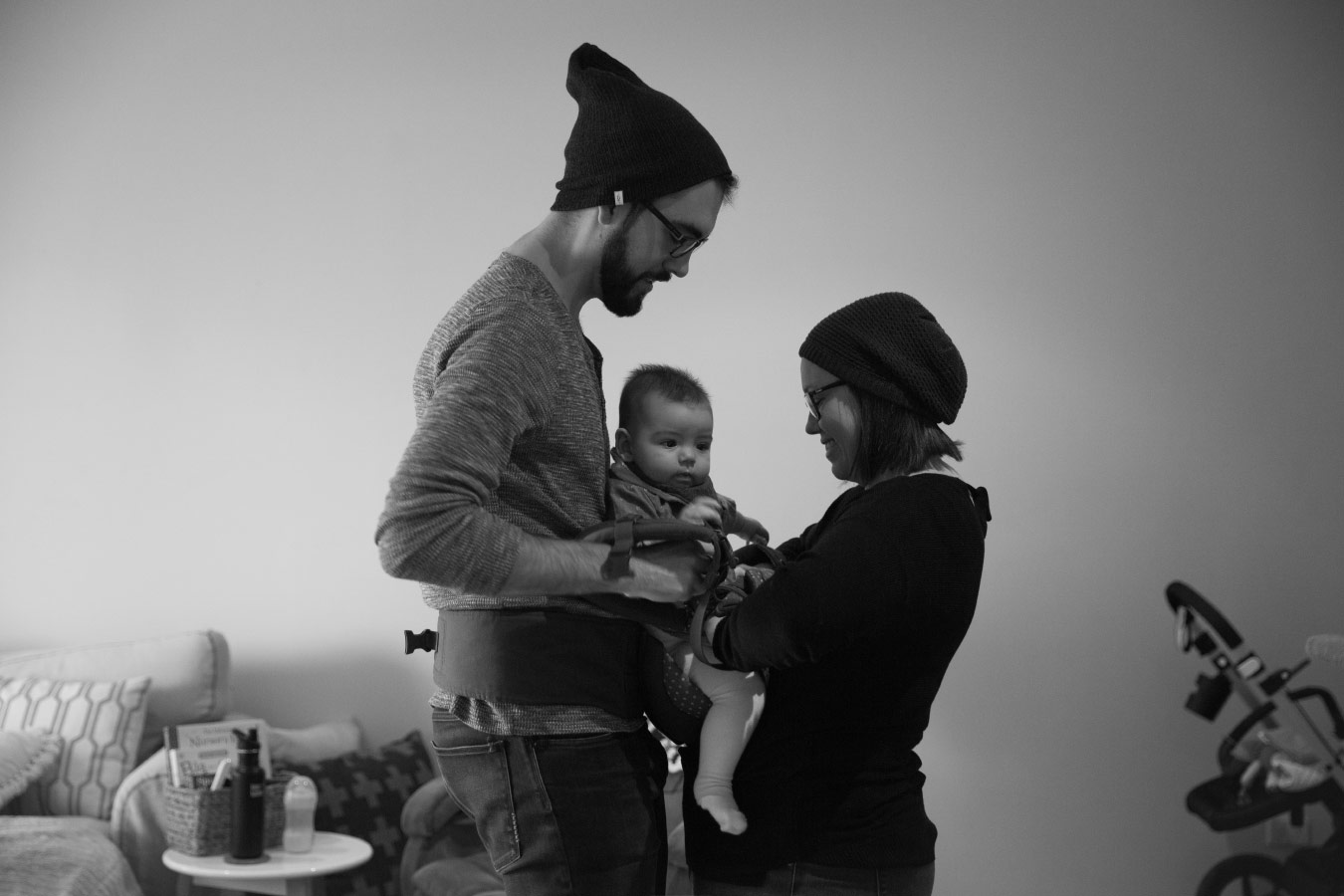 family-baby-photojournalism-documentation-natural-13