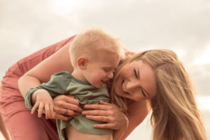 hampton-family-portrait-photography-lifestyle-relaxed-62
