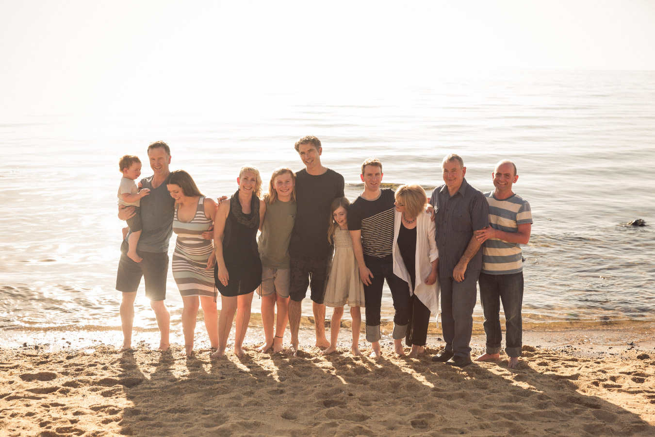 extended-family-photographer-generations-beach-mornington-peninsula