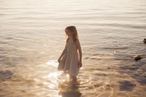 extended-family-photographer-mornington-peninsula-candid