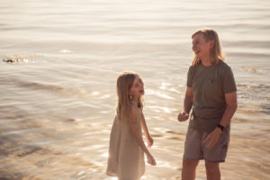 extended-family-photographer-relaxed-mornington-peninsula-candid