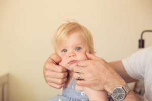 lifestyle-newborn-photography-session-home-41