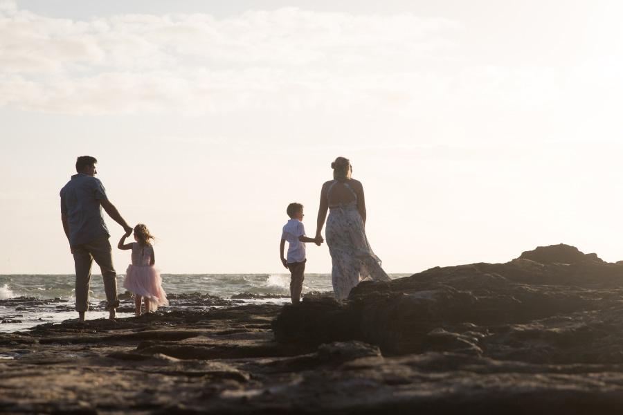 lifestyle-family-photography-beaumaris-beach-golden-hour