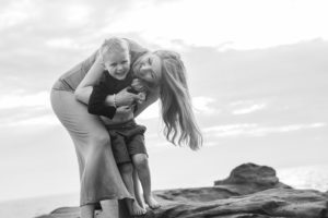 lifestyle-family-photography-beaumaris-beach-son