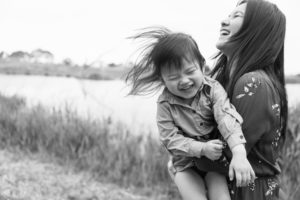 family-photographer-candid-52
