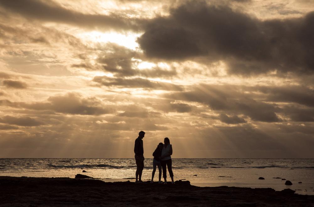 family-portrait-beaumaris-beach-41