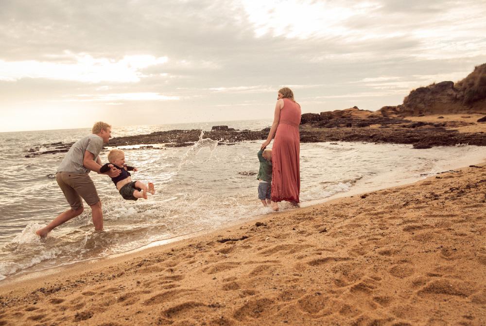 family-portrait-beaumaris-beach-69