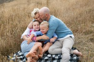family-photography-relaxed-54